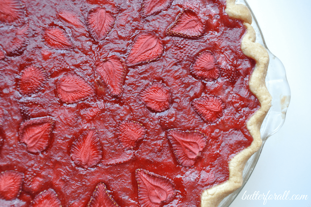 Traditional Strawberry Rhubarb Pie With Maple Cream
