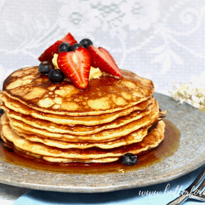 Super Easy Sourdough Discard Pancakes