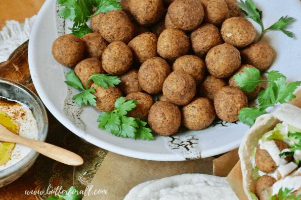 A bowl of falafel balls.